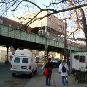 Dyre Road/Eastchester Subway Station
