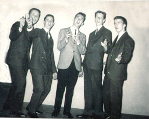 Woodside Chiefs: Espressions Doo wop Group